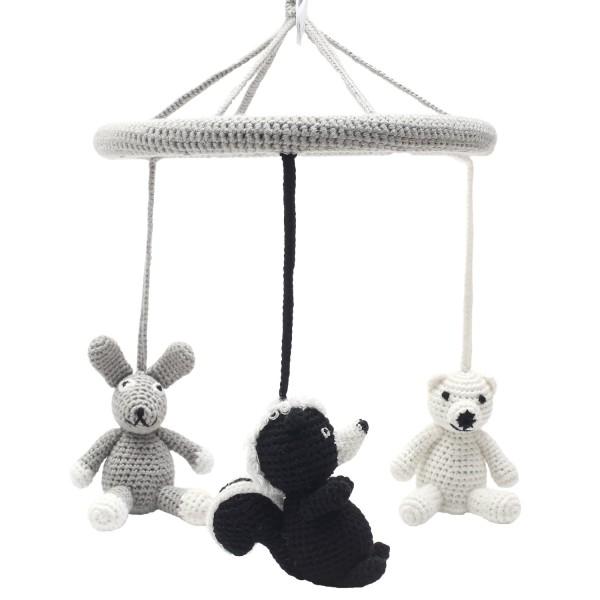 Mobile - Eisbär, Stinktier und Hase